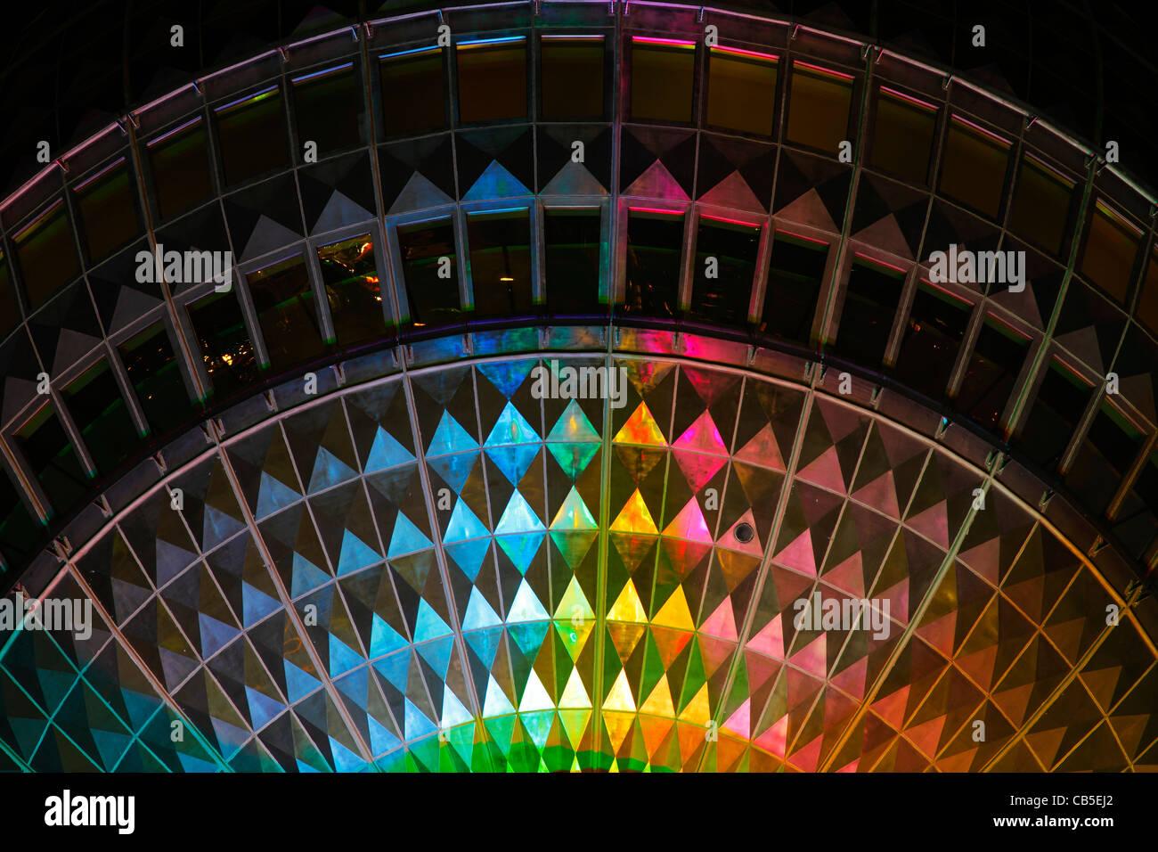 Detalhes da torre de Tv iluminada durante o festival das luzes de 2011, Alexanderplatz, Berlim Imagens de Stock
