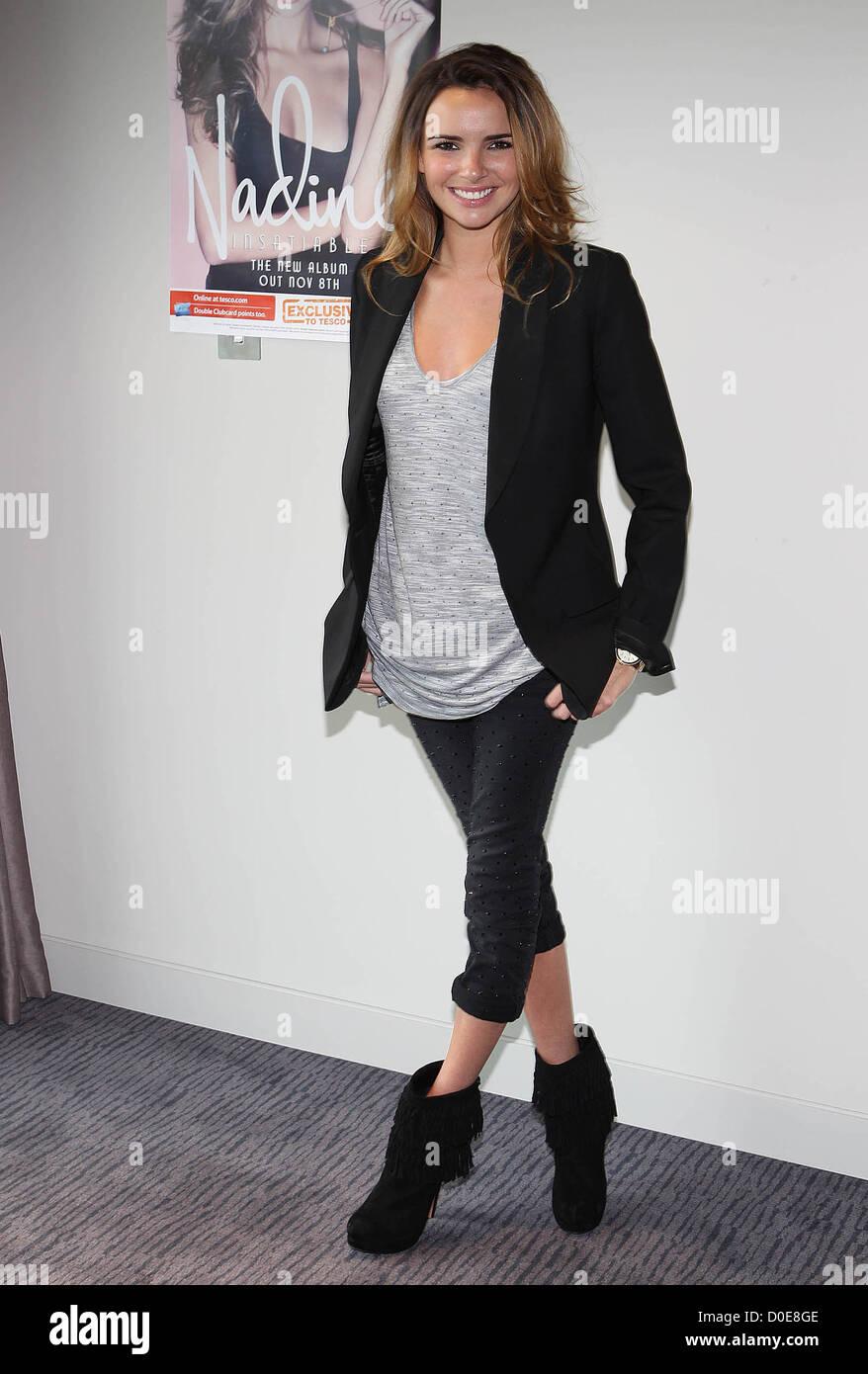 """Nadine Coyle no lançamento do seu novo álbum 'insaciável"""" em Dublim. Dublin, Irlanda - 05.11.10Foto de Stock"""