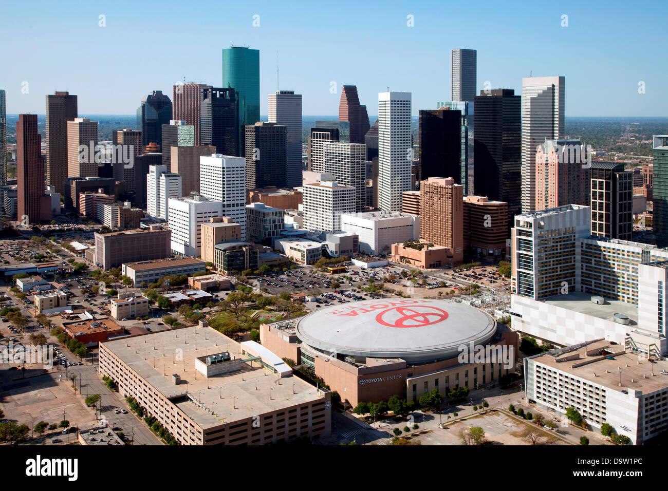 Antena Do Downtown Houston Com A Toyota Center Em Primeiro Plano