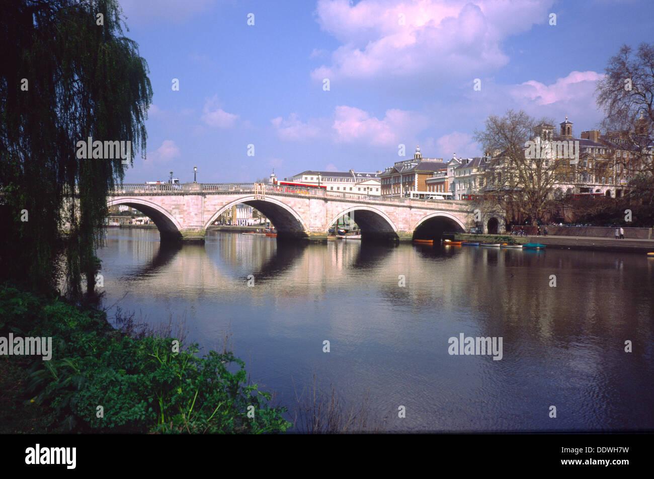 Richmond bridge london