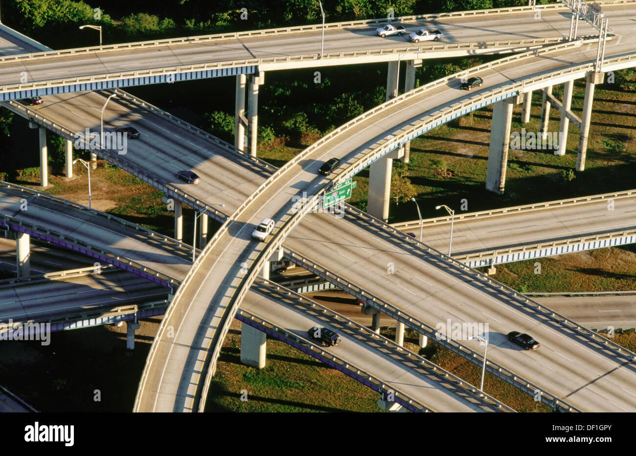 viaduto da auto estrada route 95 miami florida estados unidos da