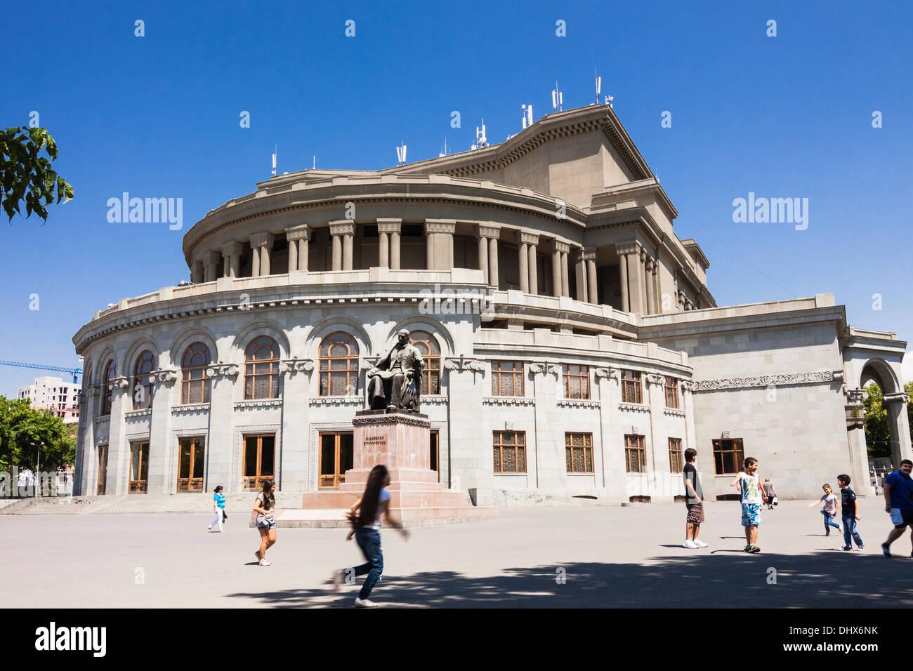 O Teatro da Ópera de Yerevan, Arménia Imagens de Stock