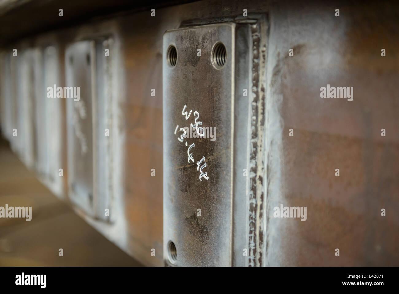 Detalhe de aço na fábrica de fabricação marinho Imagens de Stock