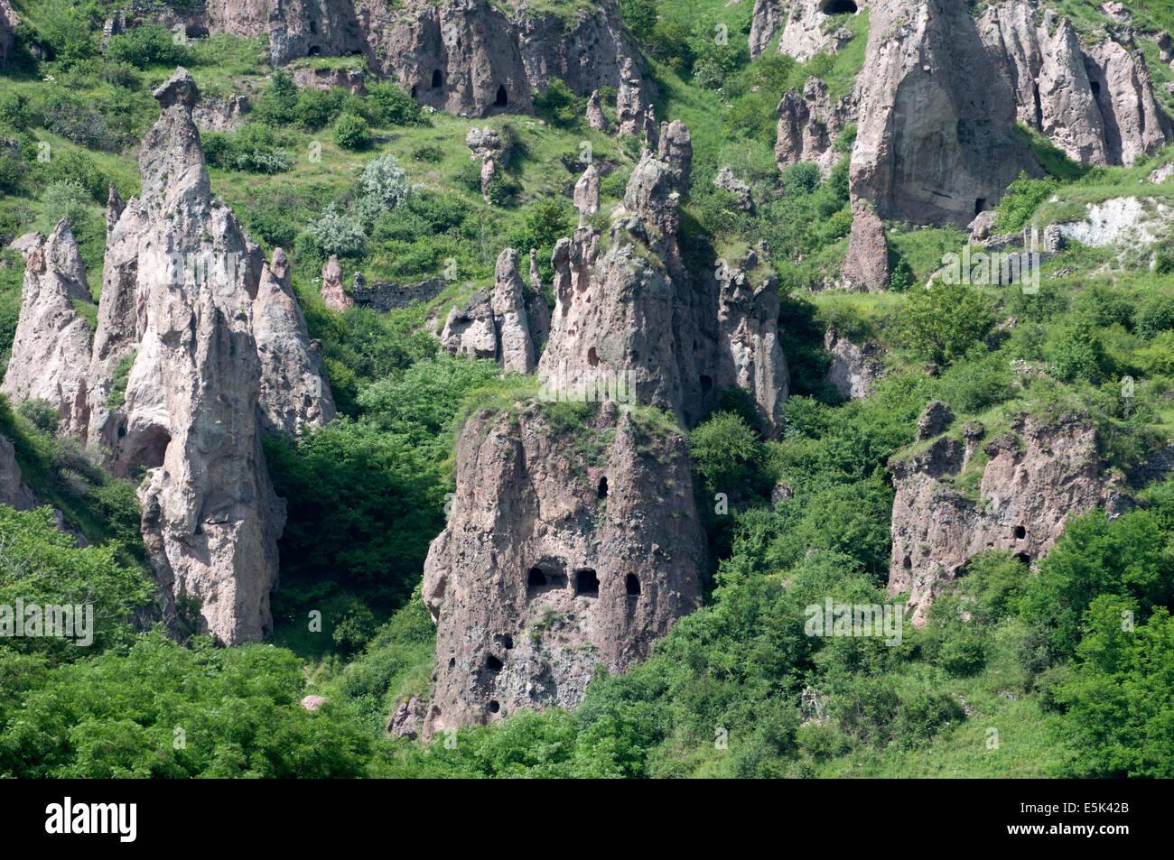Khndzoresk cave liquidação, Arménia Imagens de Stock