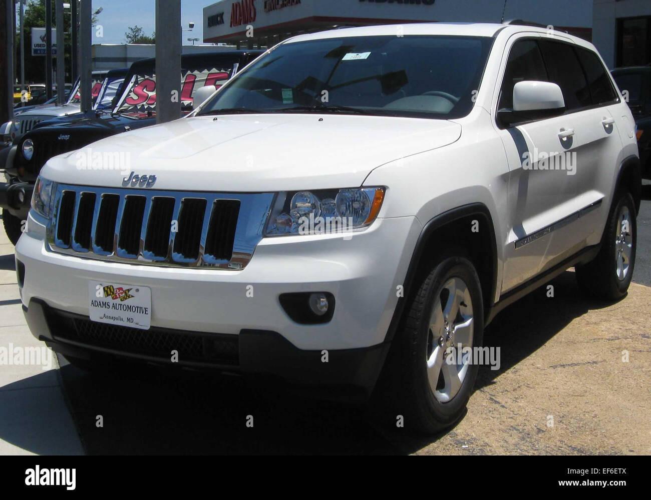 2011 Jeep Grand Cherokee Laredo X 07 03 2010