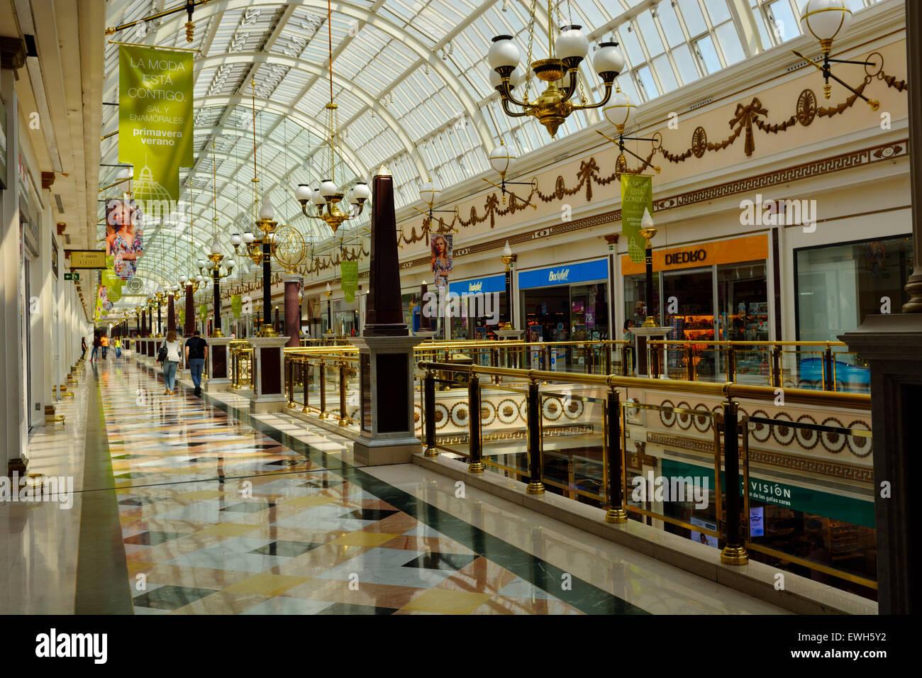 Centro comercial plaza norte 2 madrid espanha foto - H m plaza norte ...