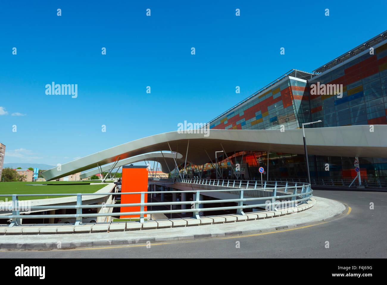 O Aeroporto Internacional de arqueológico Zvartnots, Yerevan, Arménia, a região do Cáucaso, Imagens de Stock