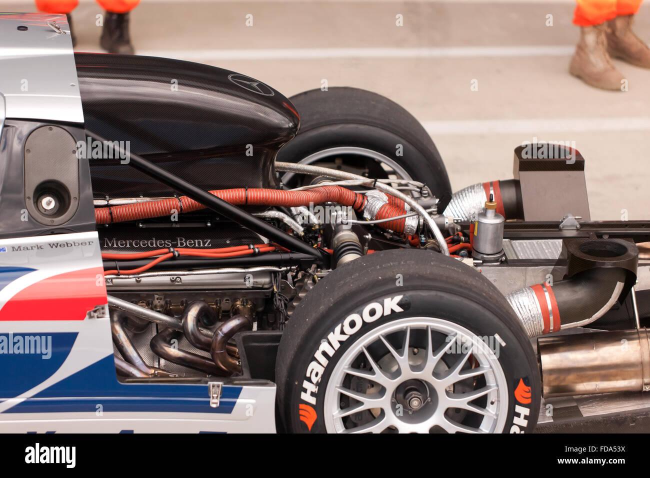 Close Up Imagem Do Motor De Um Mercedes Benz CLK GTR No Pit Lane  Internacional Em Silverstone,