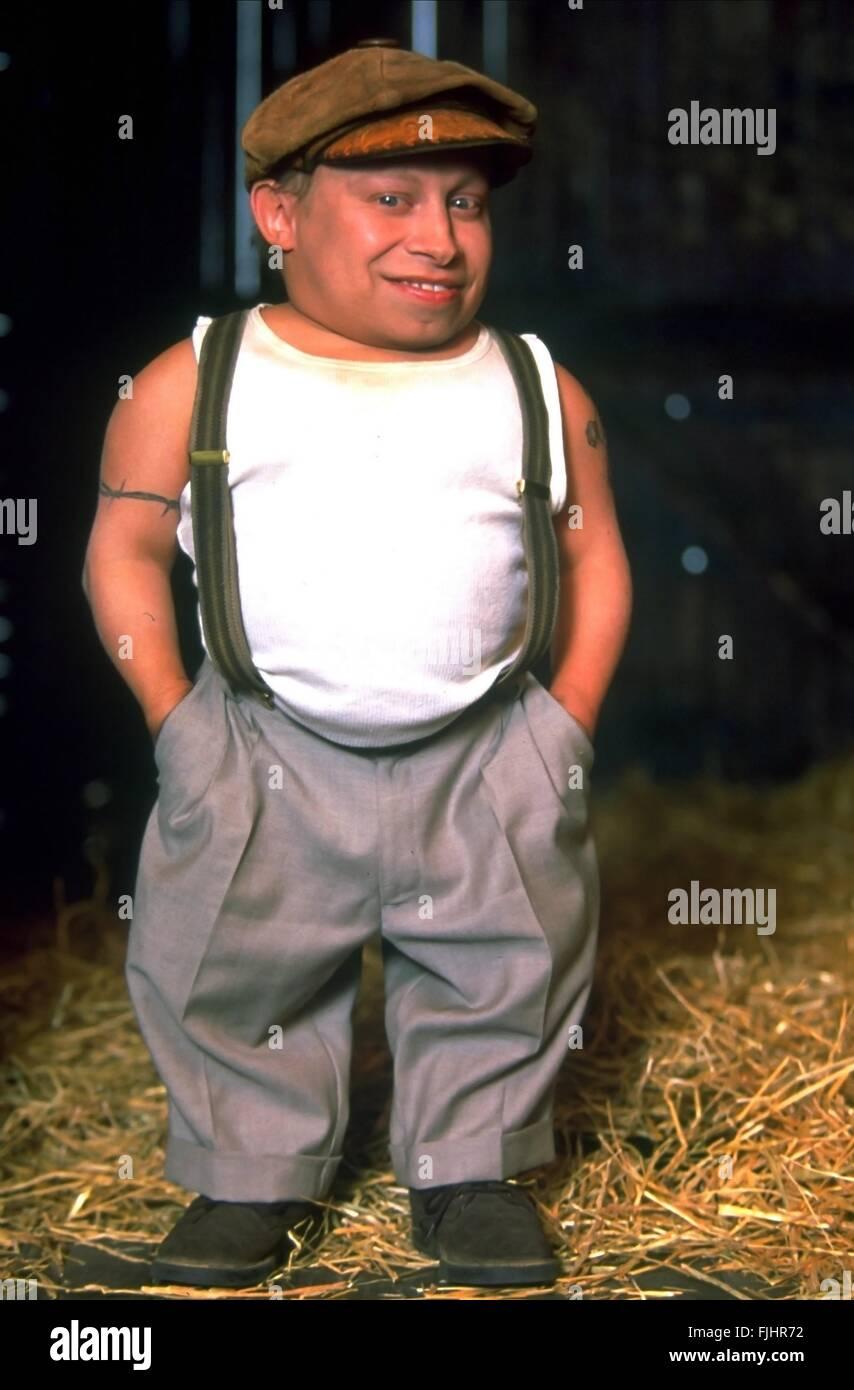Verne troyer midget