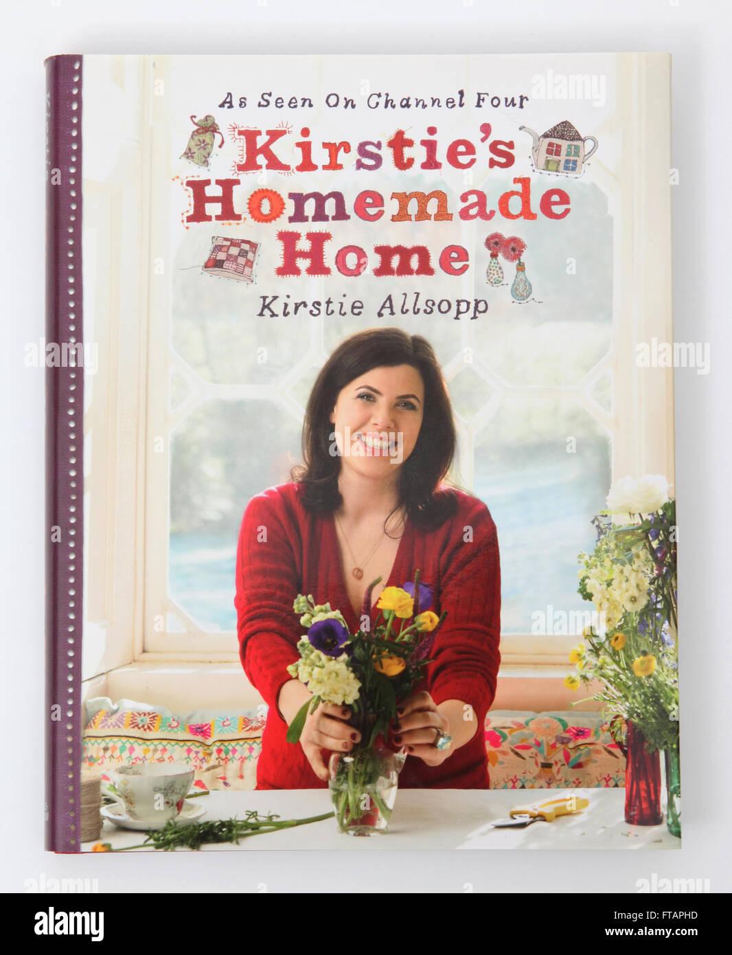 Um design de interiores e artesanato livro chamado Kirstie caseiros do Home, por Kirstie Allsopp. Como visto no Imagens de Stock