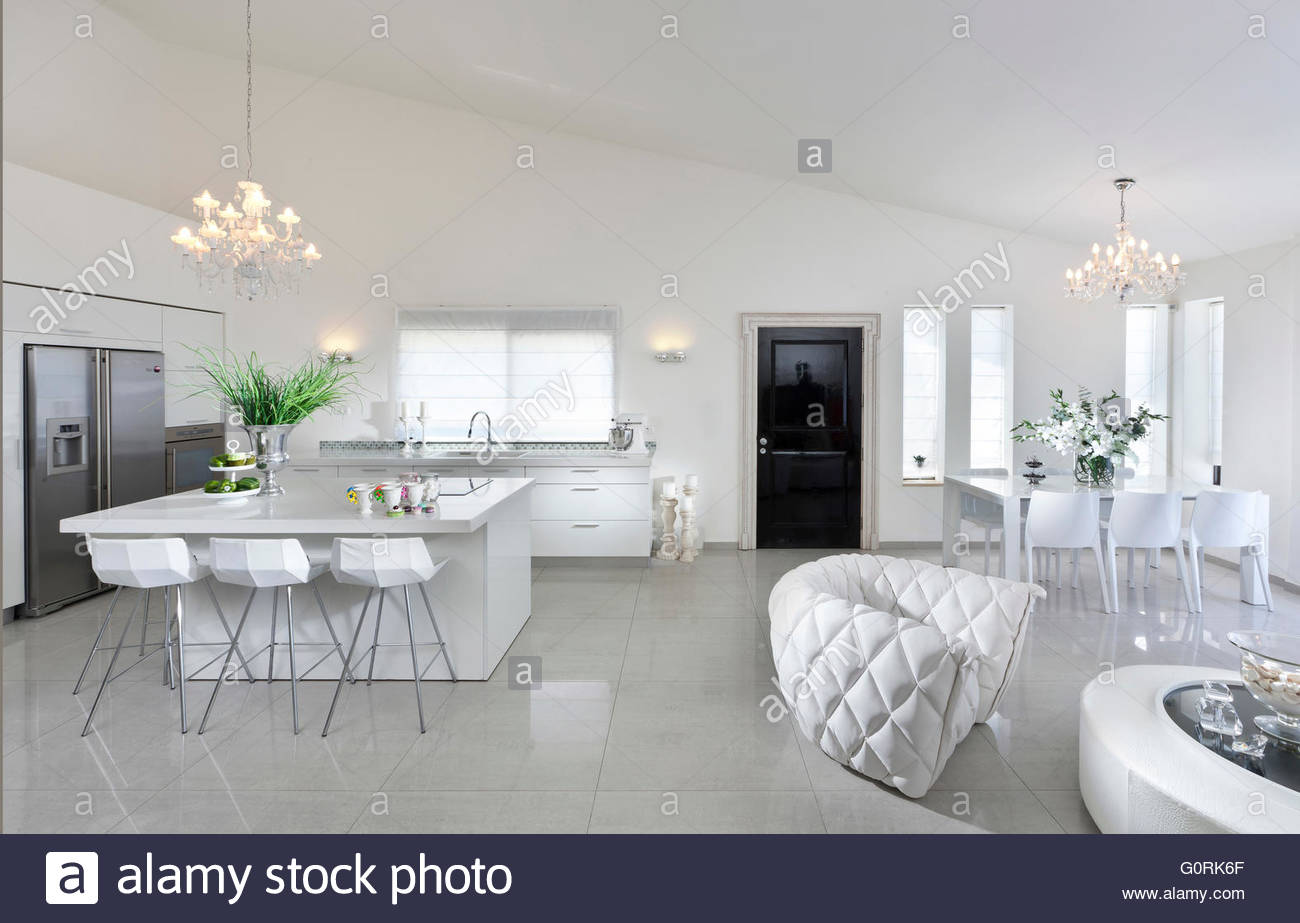 Villa Em Haifa Sala De Estar De Plano Aberto Com Sala De Estar E