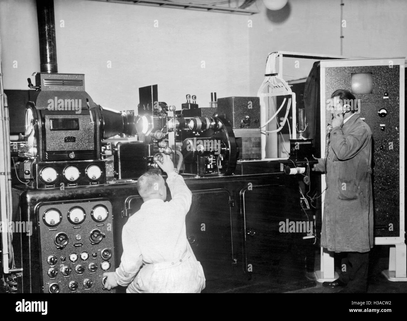 Sala de transmissão de remetentes von Berlin-Witzleben Fernseh-Kino-, 1935 Imagens de Stock