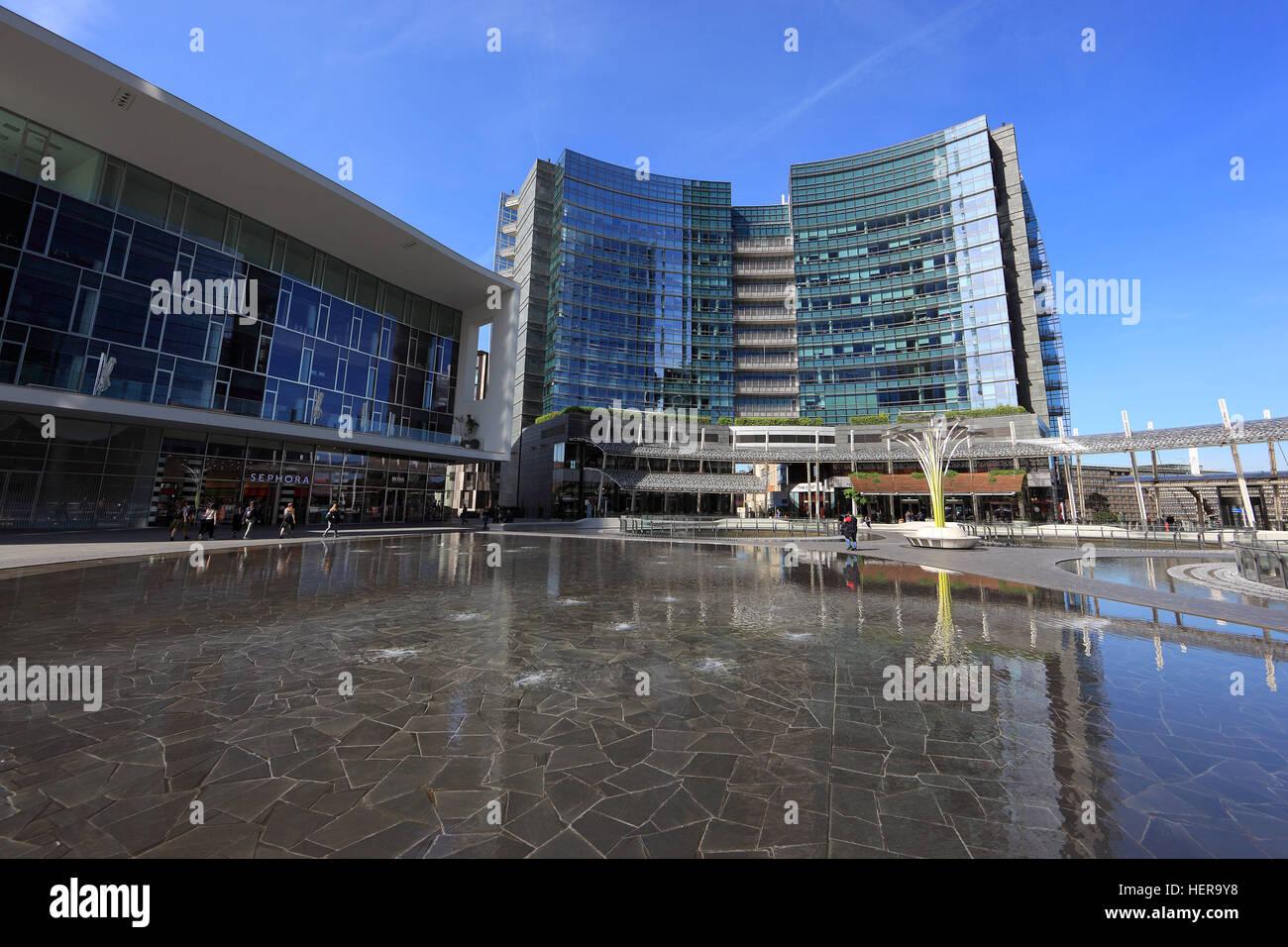 Italien, Stadt Mailand, Porta Nuova, Moderne Hochhäuser An Der Piazza Gae  Aulenti