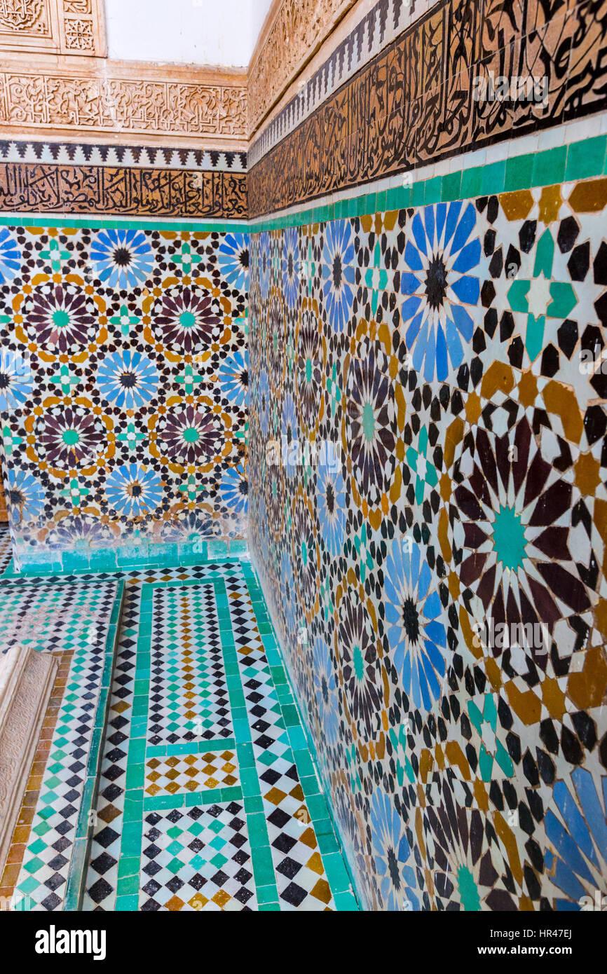 marraquexe marrocos desenhos geométricos trabalho de cerâmica em