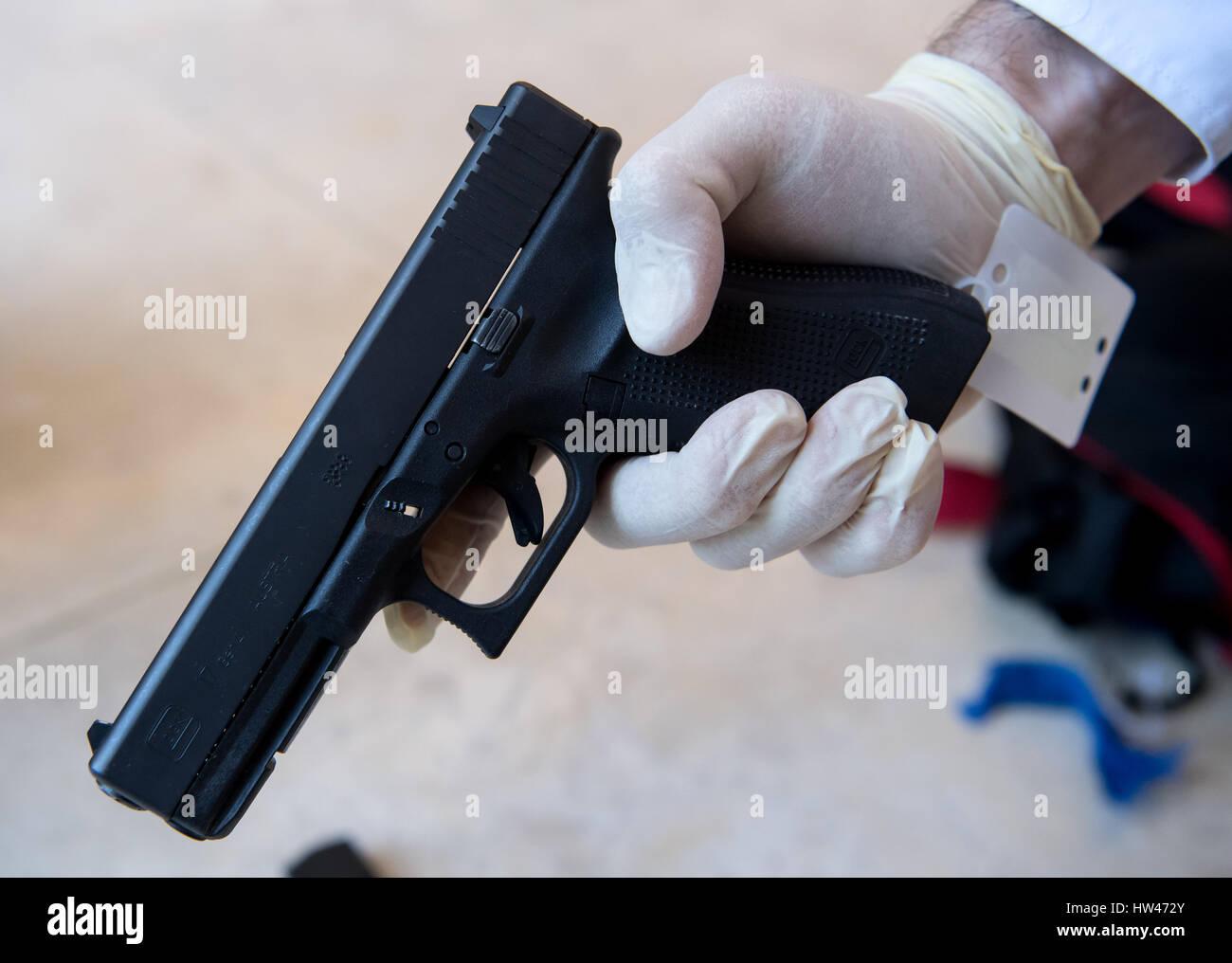 Único Glock 17 Marco Ideas - Ideas Personalizadas de Marco de Imagen ...