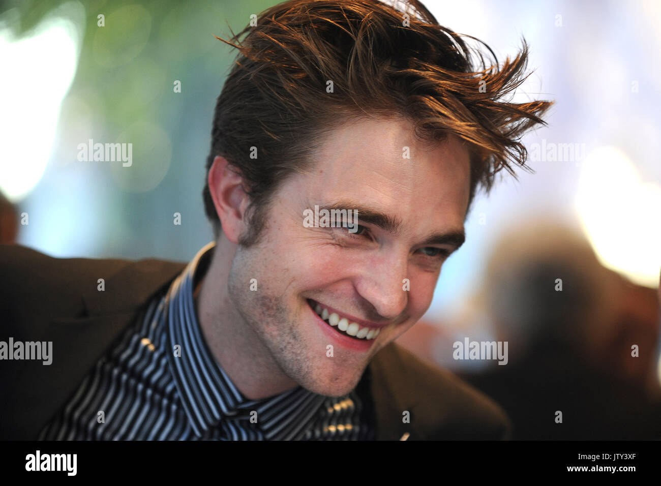 """Robert Pattinson participa do new york premiere de """"bom tempo"""" no teatro sva em agosto 8, 2017 em Nova Imagens de Stock"""