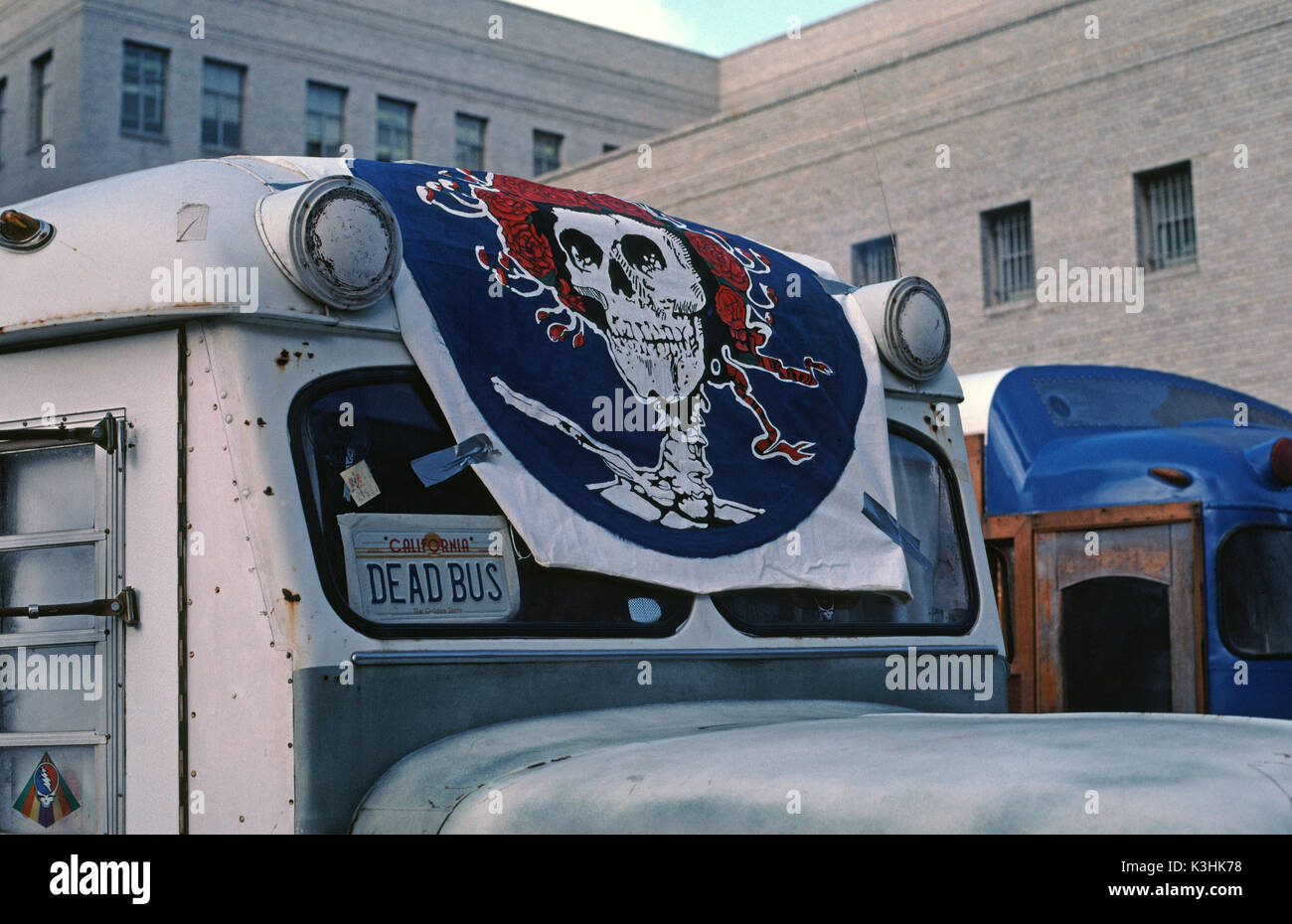 Grateful Dead fans, Dead Heads, bus, parked in San Francisco for a
