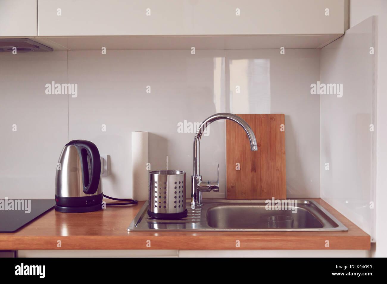Interior Da Moderna Cozinha Elegante Em Estilo Escandinavo
