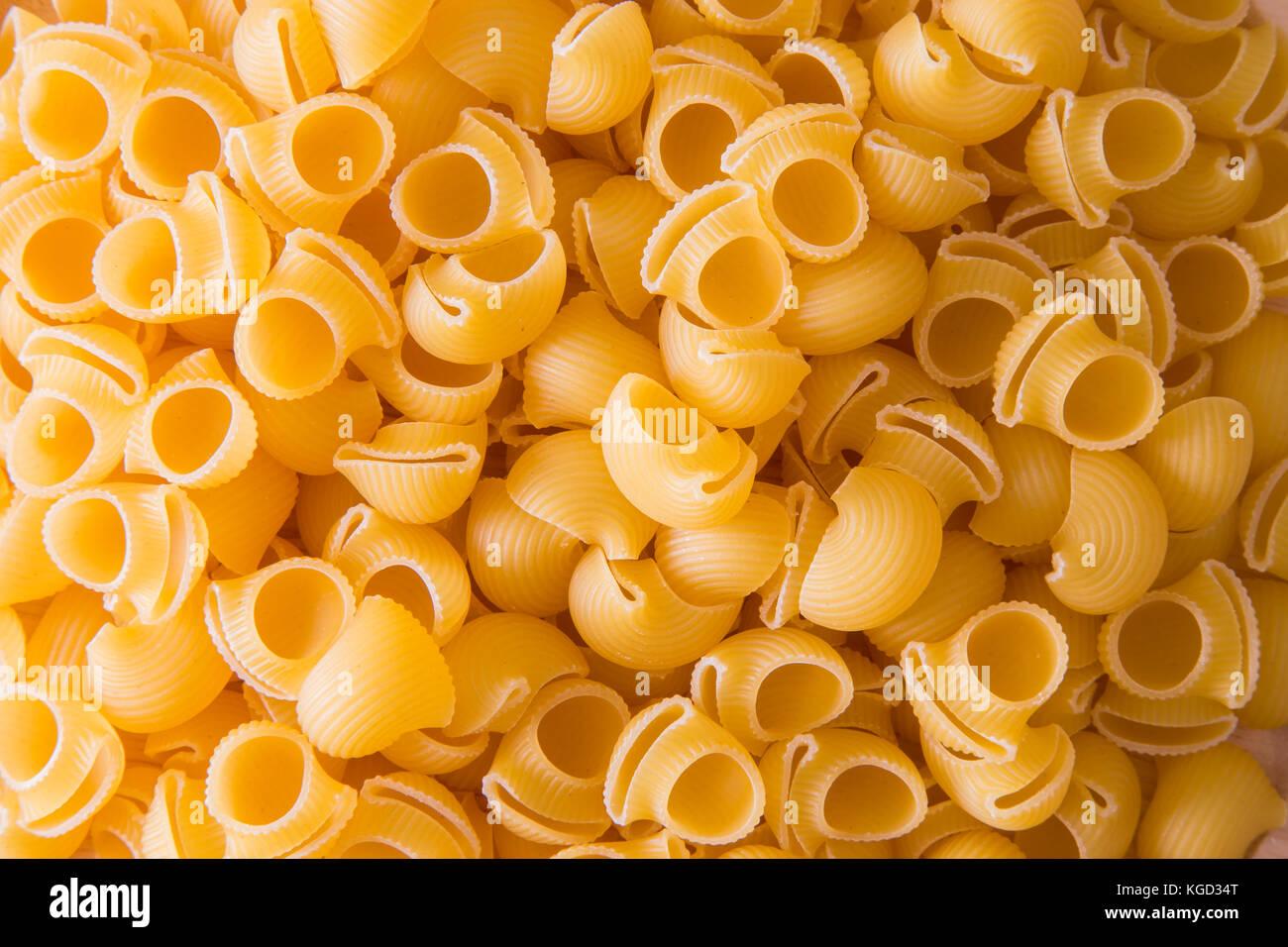 Massas curtas, obtido através da transformação de sêmola de trigo duro. Imagens de Stock