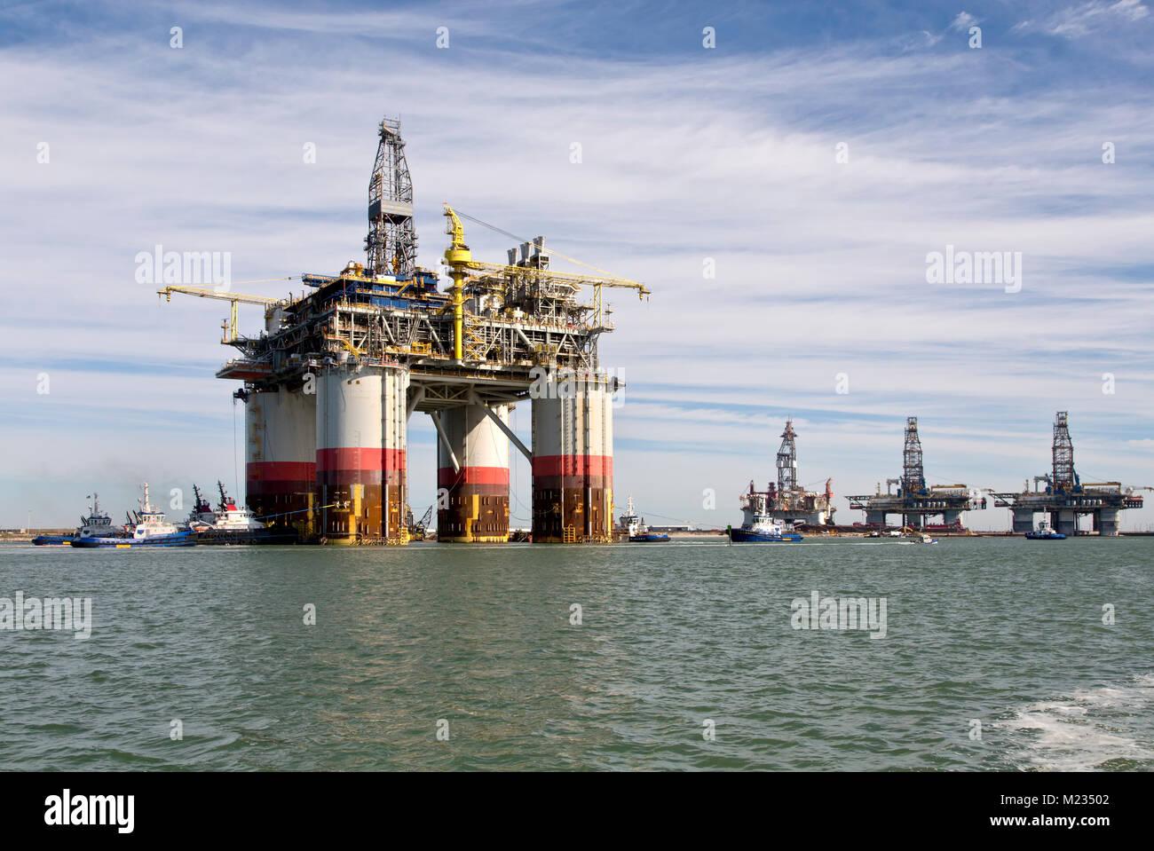 'Pé Grande' da Chevron Kiewit oceano profundo, plataforma offshore de petróleo e gás natural, Imagens de Stock
