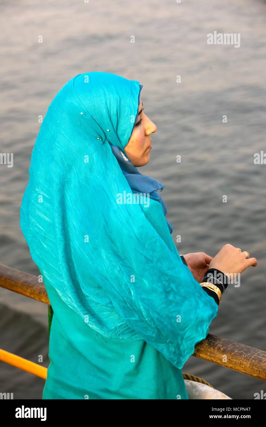 Aegypten, Kairo, junge Frau Imagens de Stock
