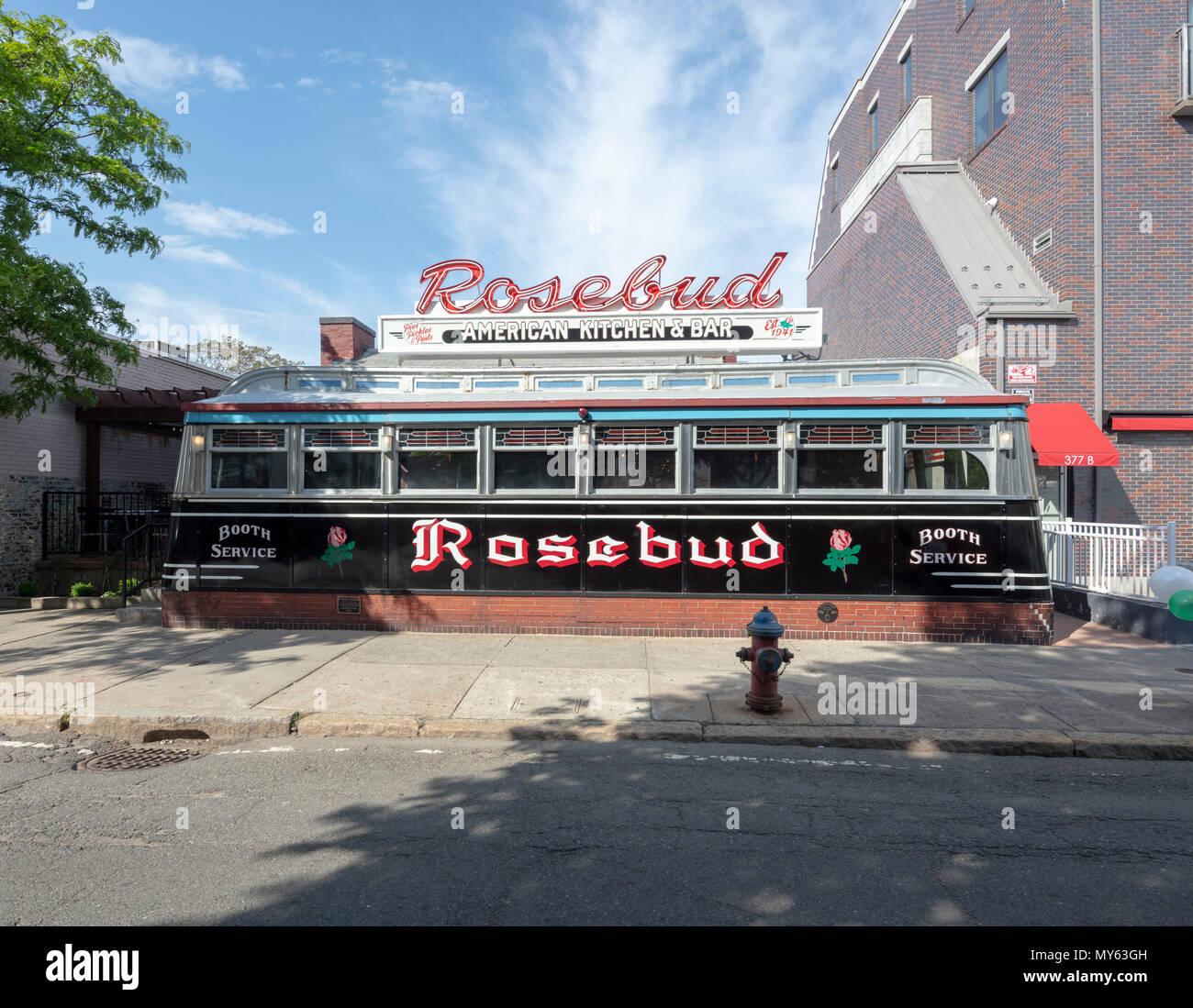 Rosebud Cozinha Americana E Bar Diner Davis Square Somerville