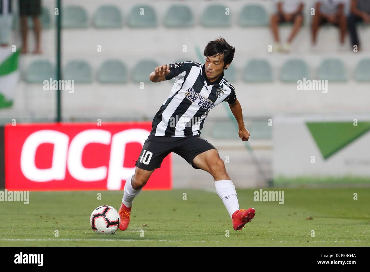 https://c8.alamy.com/comppt/pebg4a/portimao-portugal-13-ago-2018-shoya-nakajima-portimonense-futebol-futebol-liga-portugal-alteracoes-correspondencia-entre-portimonense-sc-0-2-boavista-fc-no-estadio-municipal-de-portimao-em-portimao-portugal-credito-mutsu-kawamoriafloalamy-live-news-pebg4a.jpg