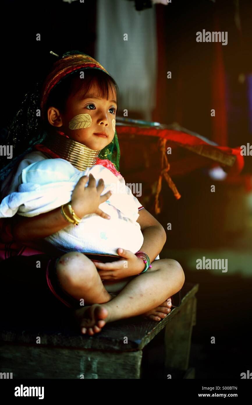 Karen longo pescoço Hill tribo aldeia,Chiang Mai Tailândia. Imagens de Stock