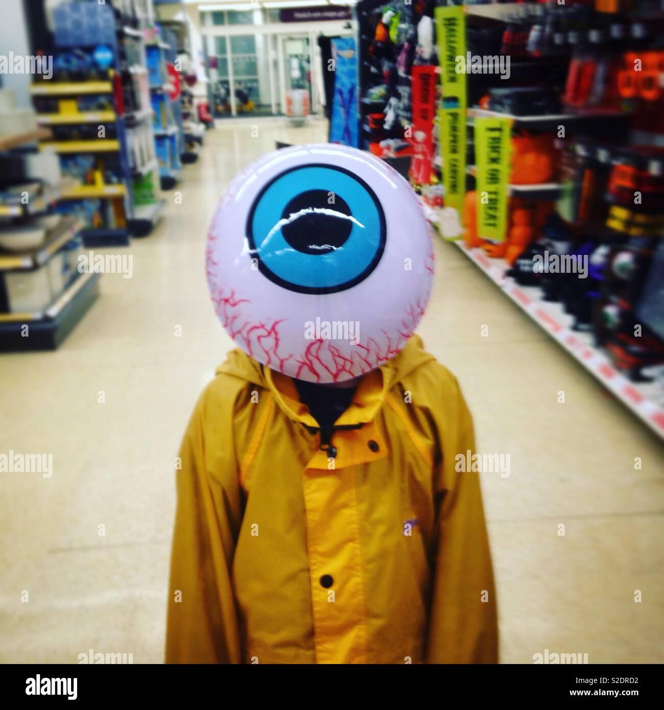 Eu estou observando você - shopping para Halloween Imagens de Stock
