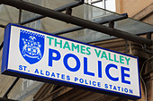 thames-valley-police-sign-outside-st-ald