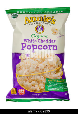 Studio shot of Annie's Organic White Cheddar Popcorn - Stock Image