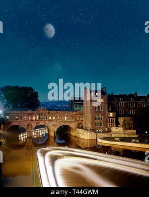 GB - SOMERSET: Historic Pulteney Bridge at City of Bath - Stock Image