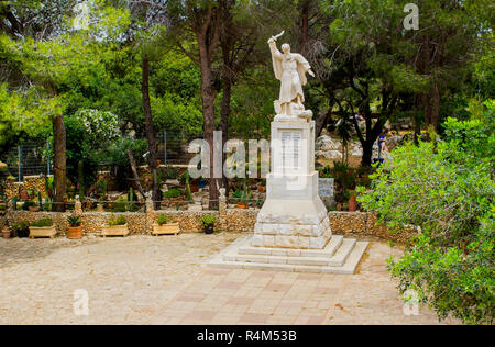 5 May 2018 A statue of the ancient Elijah Bible prophet Elijah erected at the visitors centre on top of Mount Carmel in lower Galilee Israel. - Stock Image