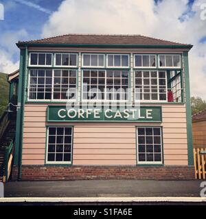 Corfe castle railway station platform. Southern England. Purbeck, Dorset. - Stock Image
