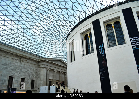 British Museum Great Court, the largest covered public square in Europe. A Horizontal image of central drum, glass - Stock Image