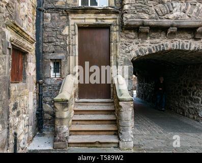 Outlander film location, Bakehouse Close, Royal Mile, Edinburgh, Scotland, UK - Stock Image