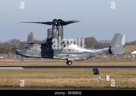 Mildenhall bases 7th SOS CV-22B Osprey landing on the main runway during an air test. - Stock Image