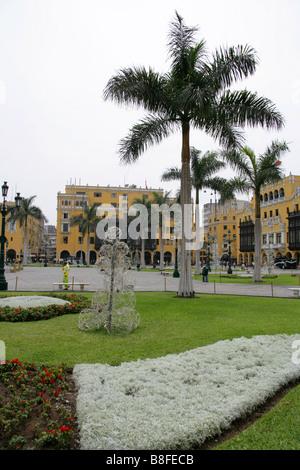 Headquarters of the Caretas Magazine, Plaza Mayor or Plaza de Armas, Lima, Peru, South America - Stock Image