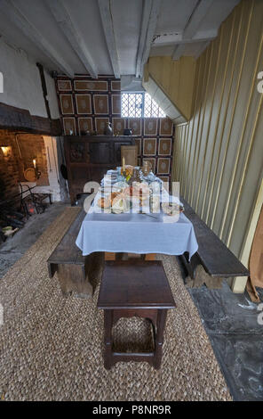tudor table  shakespeare's bithplace - Stock Image
