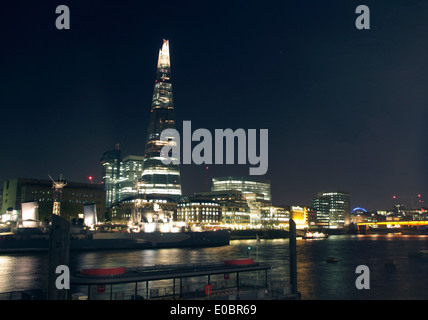 The Shard London at night - Stock Image