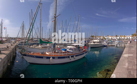 Moored boats in the harbour at Puerto de Mogan, Gran Canaria, Canary Islands - Stock Image