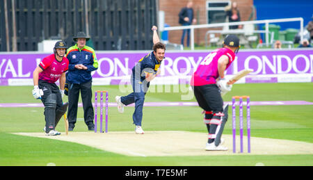 Brighton, UK. 7th May 2019 - Lukas Carey bowling for Glamorgan during the Royal London One-Day Cup match between Sussex Sharks and Glamorgan at the 1st Central County ground in Hove. Credit : Simon Dack / Alamy Live News - Stock Image