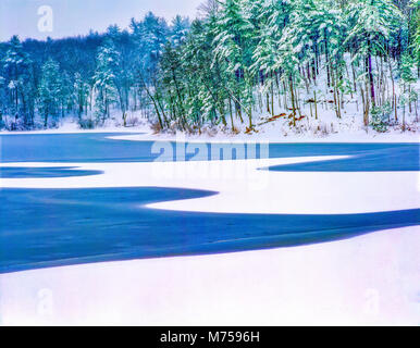Walden pond in winter, Walden Pond State Reservation, Massachusetts, Famous home of Henry David Thoreau - Stock Image