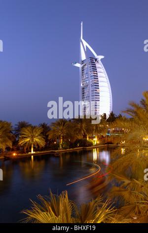Burj al Arab , Medinat Jumeirah Hotel , Dubai U - Stock Image
