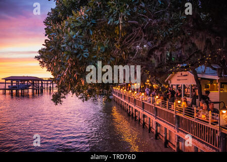 Colorful Florida sunset view from Caps on the Water seafood restaurant along the Intracoastal Waterway in St. Augustine, Florida. (USA) - Stock Image