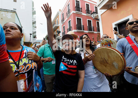 San Juan Mayor Carmen Yulin Cruz Soto at the San Sebastian Street Festival, San Juan, Puerto Rico - Stock Image