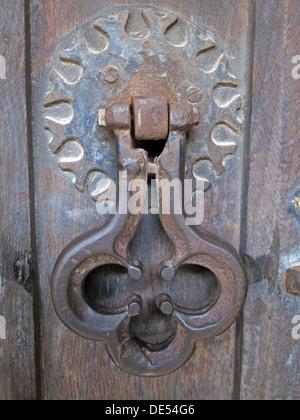 Antique door knocker,Montecute,South Somerset on wooden door - Stock Image