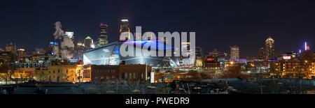 2018 Superbowl 52 Minneapolis skyline at night. - Stock Image
