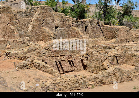 Multi-story House blocks, Aztec Ruins National Monument, New Mexico, USA 180927_74485 - Stock Image