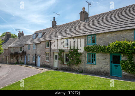 Row of quarryworkers cottages in Worth Matravers - Stock Image